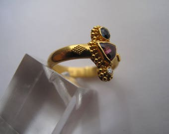 22 kt Ring with Pink and Blue Tourmaline