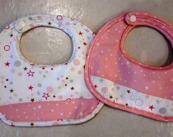 Bib pink and white starred