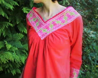 Mexican Blouse/ Flamingo Tunic /Slow Fashion by Nahua Indigenous Artisans/Mexican Ethnic Tunic /Handmade with fine embroidery/Size Small