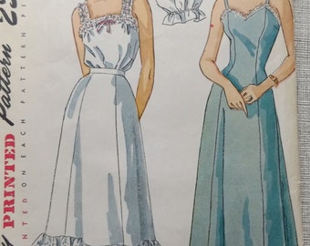 Princess Slip, Petticoat and Camisole in Size 14 All 9 Pieces Vintage 40s Simplicity Sewing Pattern 2643 Complete