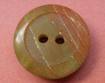 10 buttons green brown 16mm (5746)