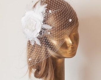 White BIRDCAGE Dotted VEIL with White Flower, Vintage Style Bridal FASCINATOR.