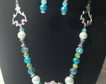 Teal and Silver Pendant Set