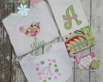 Personalized Gift Set - Personalized burp cloth, bib, onesie and Pacifier Clip - Custom Gift Set.