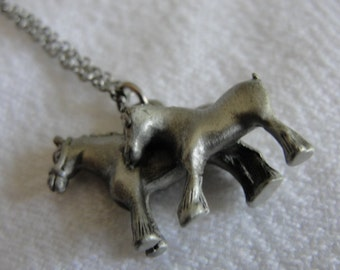 "Vintage horse pendant  pewter 16"" in length"