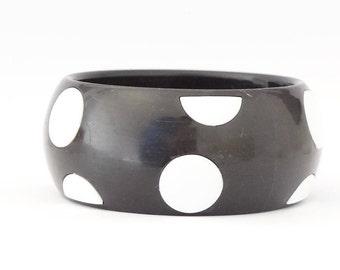 POLKA DOT BANGLE - 60s, black and white polka dot bangle, vintage black and white bangle - great gift idea,gift for bangle lover