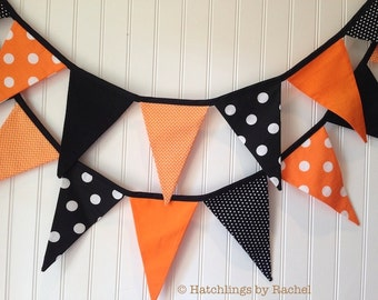 HALLOWEEN FABRIC GARLAND -- polka dots pennant fabric flag banner -- party bunting -- pennant garland -- fabric bunting -- 9 feet