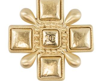 Chanel Vintage Signed Gold Maltese Cross Brooch / Pin - Spring 07