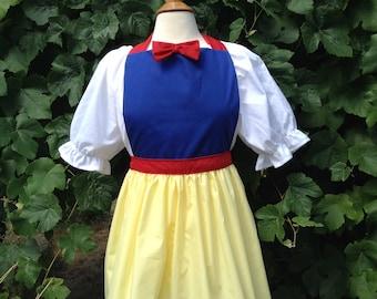 Snow White costume Girls Snow White dress up costume aprons, Snow White apron costume aprons, cosplay, Disney costume