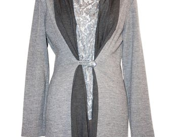 Twis-set Women's Cardigan light grey with dark grey scarf 100% jerset, vest viscose devorè. Size M. Made in Italy