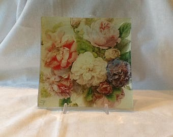 Glass plate, square plate with flowers, geometric designs, decoupage, gift, tray, saucer for aperitif, plate for sweets
