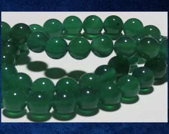 """Chalcedony, Green - 15"""" strand of 8mm round ball beads. Approx 45 gemstone beads. #CHAL-052"""