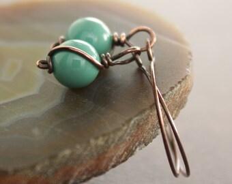 Swarovski copper earrings with Swarovski pearls in gemstone colors - Dangle earrings - Minimalist earrings - Pearl earrings - ER010