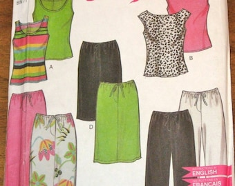 Simplicity New Look 6977 Sewing Pattern Easy Casual Separates, Set of Tops, Pull on Skirt, Leisure Pants Women's Size 8-18 Bust 31-40 UC FF