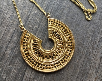 Round brass necklace, ethnic brass necklace, ethnic look necklace