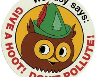 Vintage Style Woodsy Give a Hoot! Don't Pollute!  Travel Decal sticker