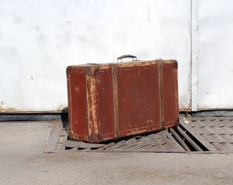 Antique suitcase - Red suitcase - Vintage suitcase - Vintage travel suitcase - Distressed suitcase - Old suitcase - Vintage luggage