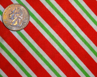 """Christmas Candy Cane Diagonal Stripe Cotton Quilt JoAnn Fabric 1 yard + 32"""" inches"""