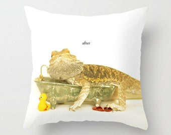 Bearded Dragon As An Adult In The Tub Pillow Cover Children's Decor Natural History Pillow Cover Dragon Lizard