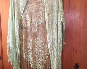 Vintage 1970s Mint Green Lace Fringe Floral Rayon Shawl