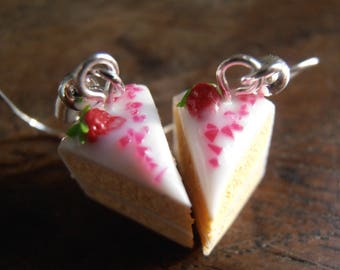 Earrings - Strawberry cake Parts