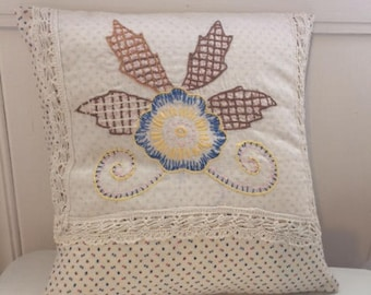 """Cottage Chic Cream Vintage Embroidered Dresser Scarf Pillow Cover (14""""x14"""")"""