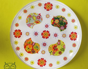 Plate flowers and birds