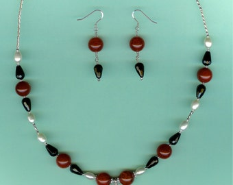 NECKLACE SET Red Agate, Black Onyx, Cultured Pearls Sterling Silver Set