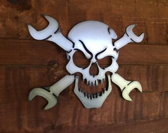 Skull Head Gear et clés métal Art mural