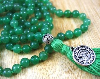 Heart Chakra // Aventurine  Knotted Mala // 8mm // Tassel Mala Necklace // Hand Knotted 108 Bead Mala // Prayer Beads // Yoga Jewelry Gift
