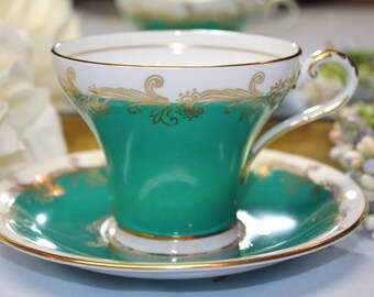 AYNSLEY Bone China Teacup and Saucer Set