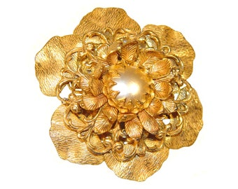Miriam Haskell Brooch, Beautiful Flower, Russian Gilt, Pearl, Signed, Vintage 1940s-1950s