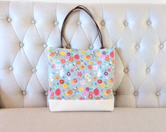 Floral Linen and Lace Tote