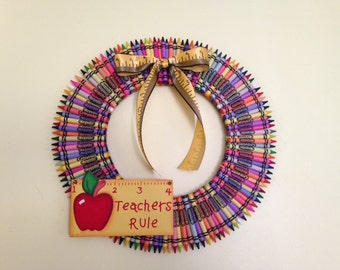 16in Teacher's Rule Crayola Crayon Wreath