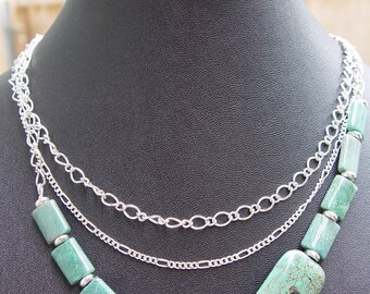 Camelion - Turquoise Jasper, Silver and Chain Necklace