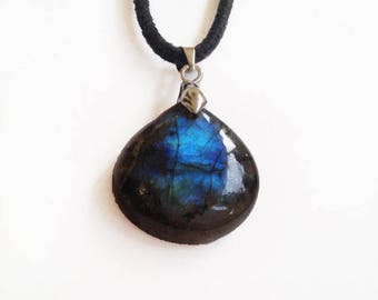 Labradorite Necklace AAA, Metal Clasp with wax cotton cord 34.5Ct (33x22x7 mm) Pear Shape Natural  Gemstone - with Golden Blue Flash - P1306