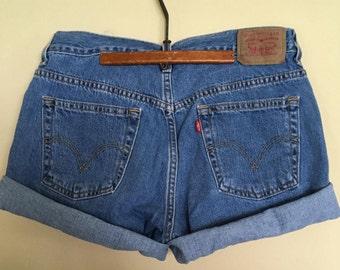 Levis Vintage Shorts, Levis Juniors sz 10 MIS cuffed shorts, vintage Levi's mom shorts, Levis denim shorts, vtg Levis 80s 90s denim shorts