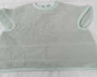 Bib covering embroidery color: sea green