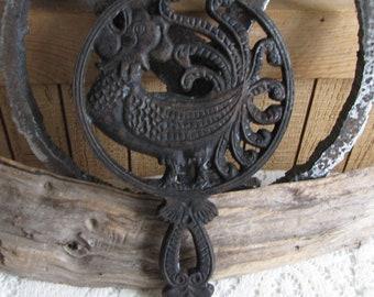 Cast Iron Rooster Trivet Vintage Rustic Farmhouse Kitchens and Décor