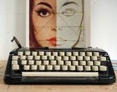 Classic Typewriter, Black...