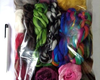 190g (10.53 Euro/100g) 6.7oz Fiber project bag, wool roving, spinning fiber, felting fiber, dolls hair, merino wool roving, fiber mix