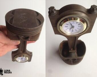 """Desk clock, one-piston V8 """"Neptune"""""""