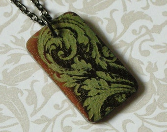 Victorian Scroll Rectangular Pendant Necklace - Celadon Green