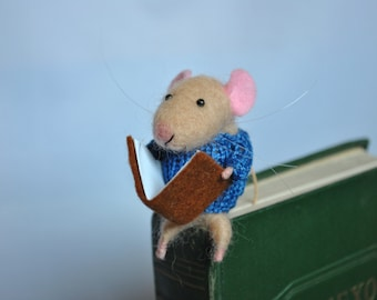 Mouse bookmark tiny mice animal kids bookmark gift idea for children book accessory bookworm gift needle felted small animal school supplies