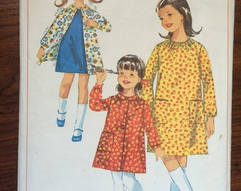 """1960s Simplicity Girl's Dress and Smock Pattern #6599 Size 10, Breast 28""""  - NC - Vintage Simplicity / 60s Simplicity / 60s"""