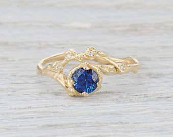 Unique Engagement Ring. Engagement Ring Set. Sapphire Ring. 5mm Blue Sapphire Naples Halo Ring.  Yellow Gold, White Gold, Rose Gold.