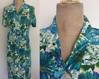 1970's Floral Print Polyester Shift Dress Blue Flower Print Size Small Medium by Maeberry Vintage