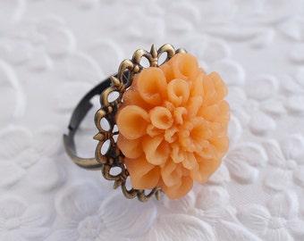 Mustard Yellow Ring, Mustard Flower Ring, Flower Ring, Mum Ring, Antique Brass Ring, Adjustable Ring, Bridesmaids Gift, Wedding Jewelry