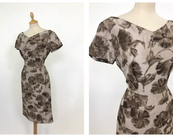 Vintage 1950s brown floral print wiggle dress - size S