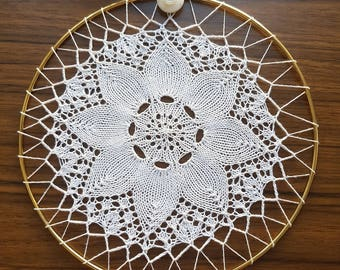 White 8-point Knitted Lace Doily Suncatcher